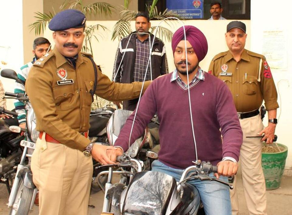 DCP Dhruman Nimbale displaying the device in Ludhiana on Wednesday