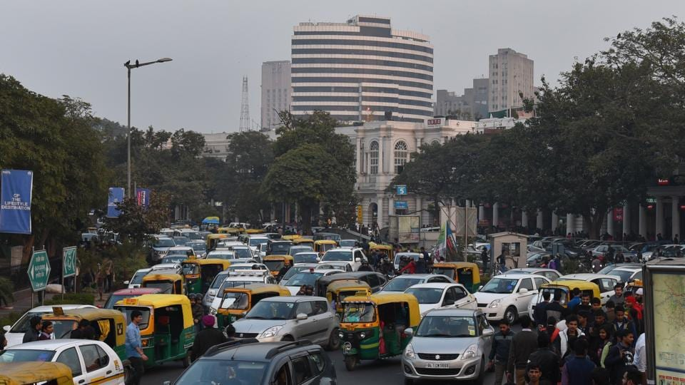 retail,connaught place,congestion