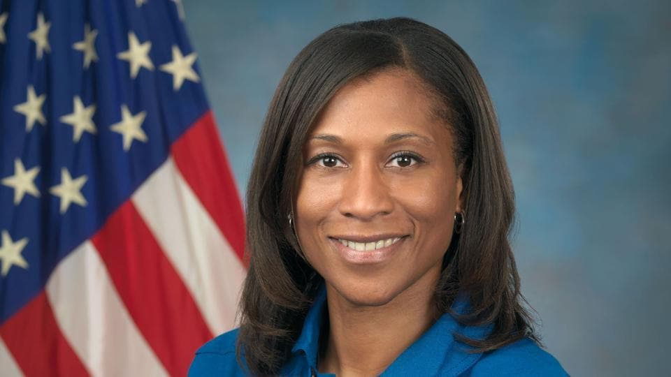 This Nasa handout photo obtained January 4, 2017 shows NASA astronaut Jeanette Epps on September 30, 2009 at the Johnson Space Center in Houston, Texas. Nasa is assigning veteran astronaut Andrew Feustel and first-flight astronaut Jeanette Epps to missions aboard the International Space Station in 2018.