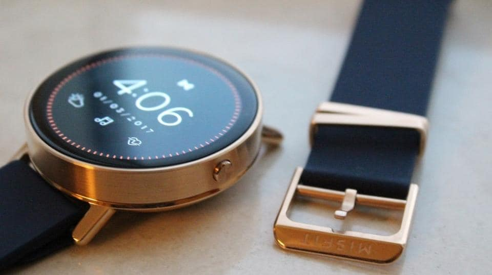 Called Vapor, the wearable sports a 1.4-inch AMOLED display, Qualcomm Snapdragon Wear 2100 processor along with a 4GB RAM. The watch is expected to run on a forked-version of Android. In terms of design, the watch is expected to have a round dial with metallic edges.