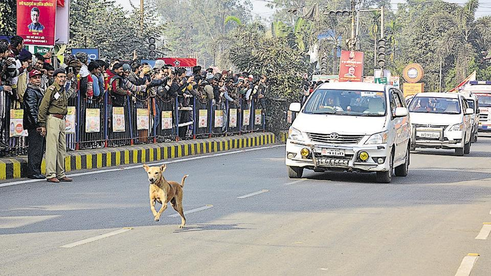 Police have detained two persons—a youth posing as an IPS officer and a driver of a private car—for breach of security arrangements made for Prime Minister Narendra Modi's visit to Patna on Thursday