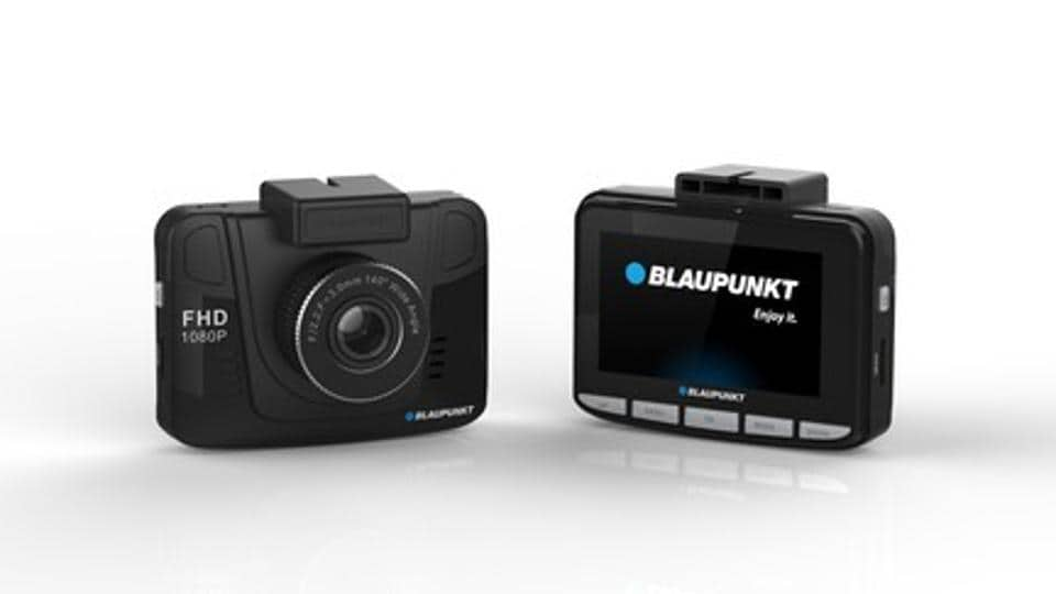 The dashcam is designed specifically for a road trip. But it fails to deliver on a basic front - a short battery life.