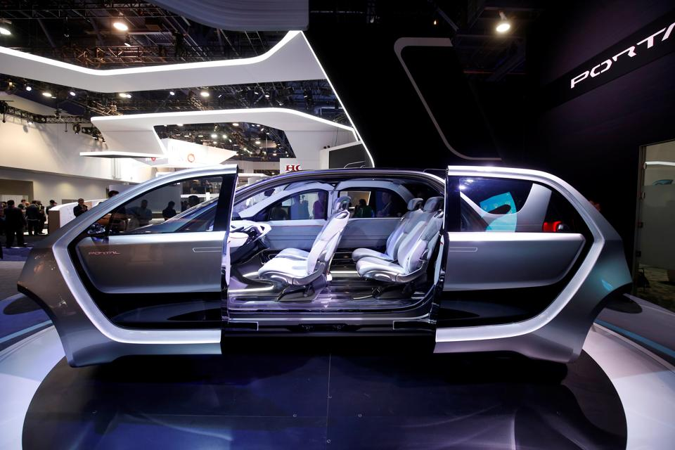 A Chrysler Portal electric concept minivan is displayed during the 2017 CES in Las Vegas, Nevada. (REUTERS)