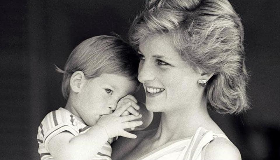 Princess Diana,Princess Diana hand written letters,London auction