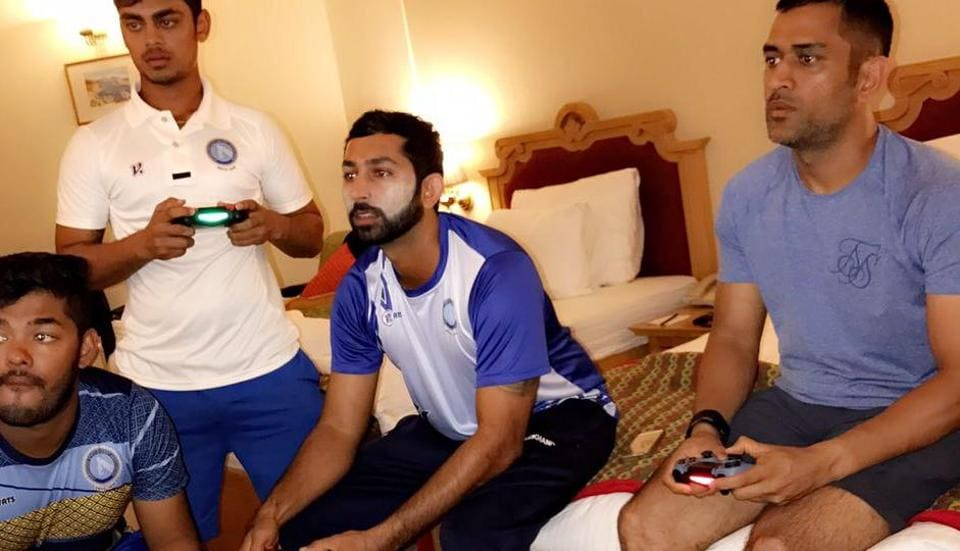 The day the announcement came of MS Dhoni's retirement as India cricket team captain, Captain Cool so relaxed that even his Jharkhand Ranji Trophy teammates, who were with him on January 4, did not get any clue about the big decision.