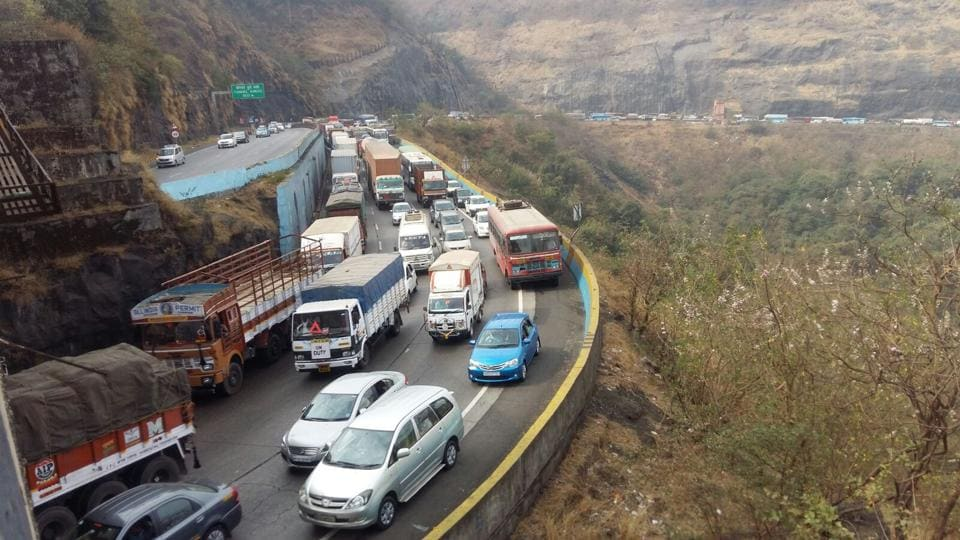 Traffic clogs up on the Pune-Mumbai Expressway, one of India's showpiece national highways. The highways ministry has sought around Rs 90,000 crore this budget.