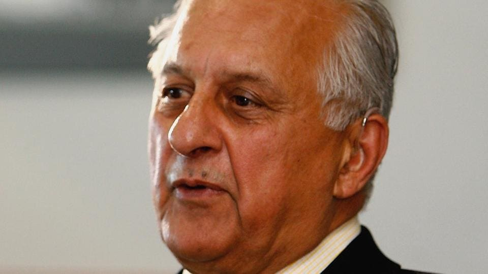 If the Pakistan Cricket Board brings in the age cap of 70 as suggested by the Lodha panel to the BCCI, its current chairman, the 82-year-old  Shaharyar Khan will have to go.