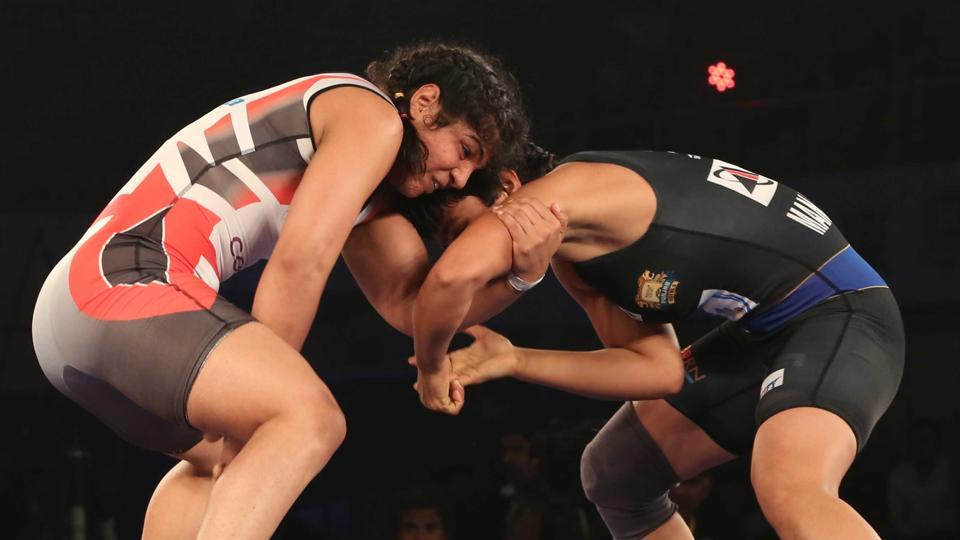 Sakshi Malik once again shone through in the Pro Wrestling League but her team Delhi Sultans lost to Punjab Royals 5-2.