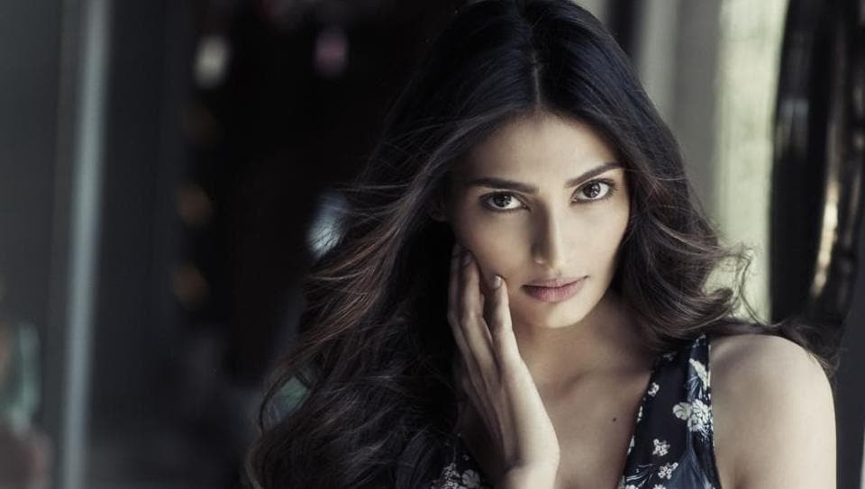 Athiya Shetty says she had an amazing experience with her debut film and received a lot of love.