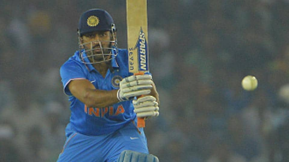 cricket memorabilia,Mahendra Singh Dhoni,Don Bradman