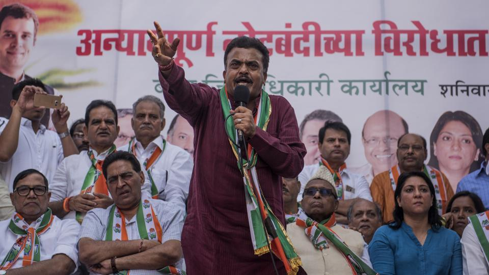 Congress city chief Sanjay Nirupam speaks at a rally at Kherwadi on Saturday.