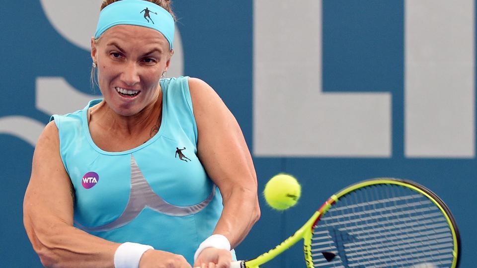 Svetlana Kuznetsova won her first round match against Irina-Camelia Begu at the Sydney Open.