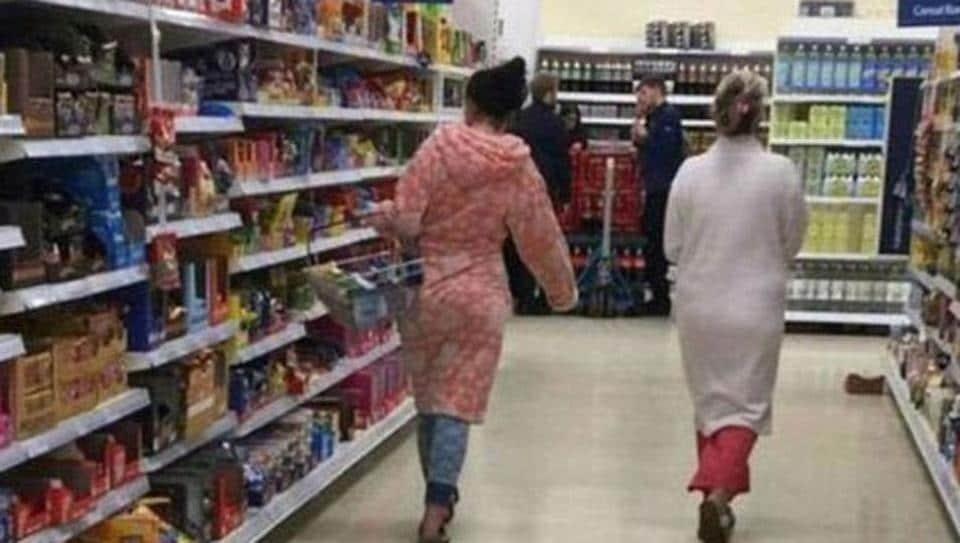 Tesco,Women shopping in pyjamas,Racism