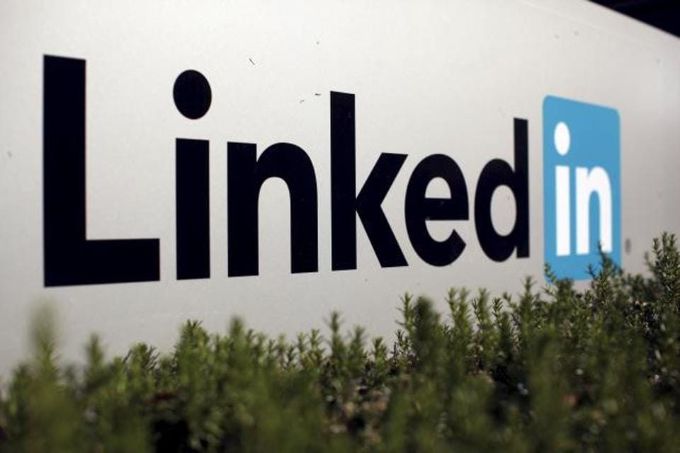 Accusing LinkedIn of flouting local laws that require internet firms to store data on citizens within the nations borders, the Russian authorities have asked Apple and Google to remove the professional networking site app from their online stores.