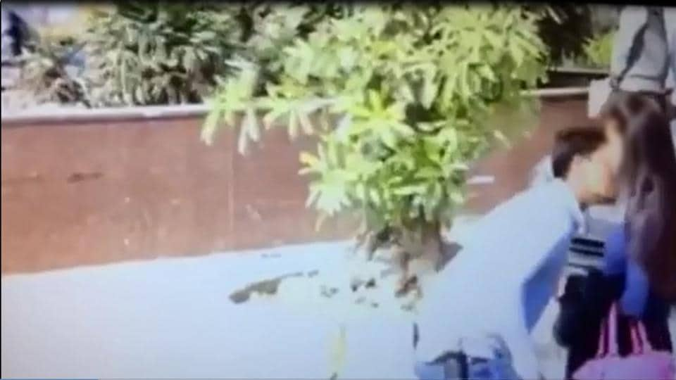 YouTube,Delhi Police,viral prank