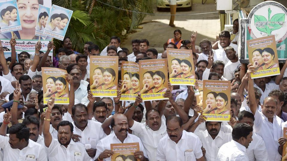 AIADMK supporters participate in a ceremony for the newly-appointed party general secretary and close aide of late Jayalalithaa, VK Sasikala, in Chennai