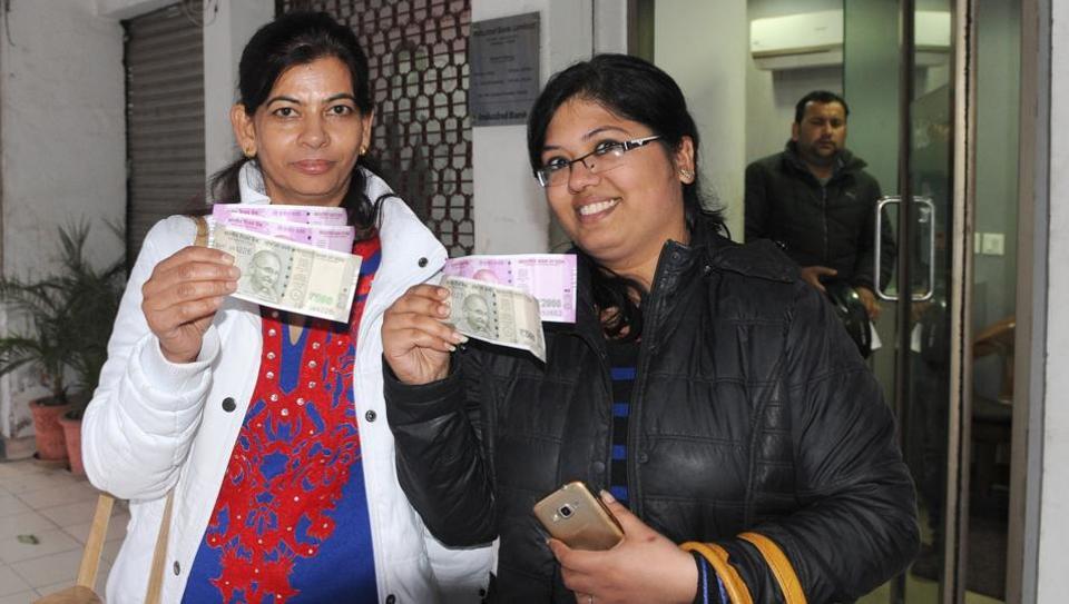 Demonetisation,Cash,Chandigarh
