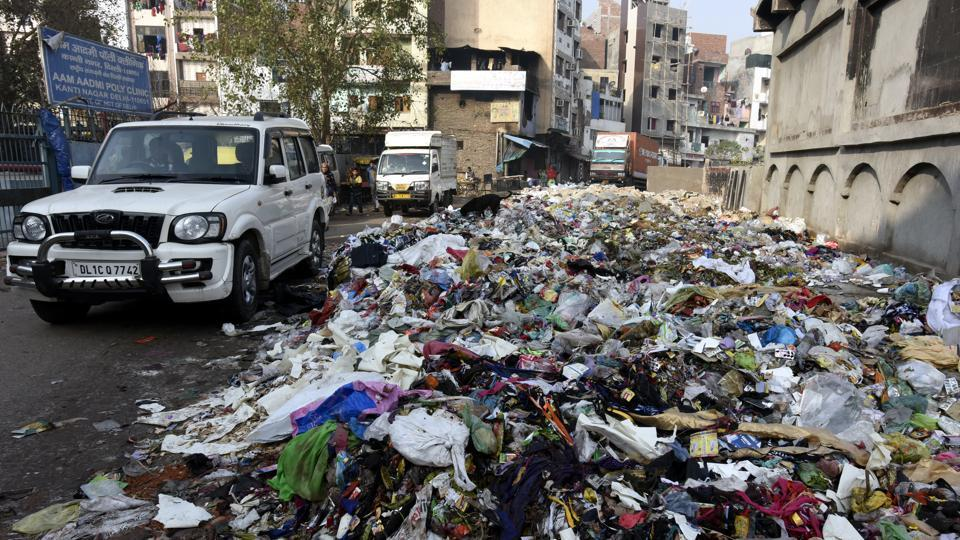 A heap of garbage on the roadside in Kanti Nagar in east Delhi. The strike by the sanitation workers of EDMCentered fifth day on Monday.