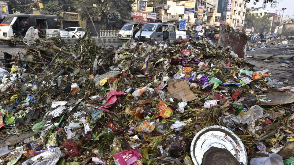 Garbage lying on Vikas Marg as East Delhi MCD workers are on strike. Sanitation workers of the EDMC, went on a strike last week over non-payment of salaries.