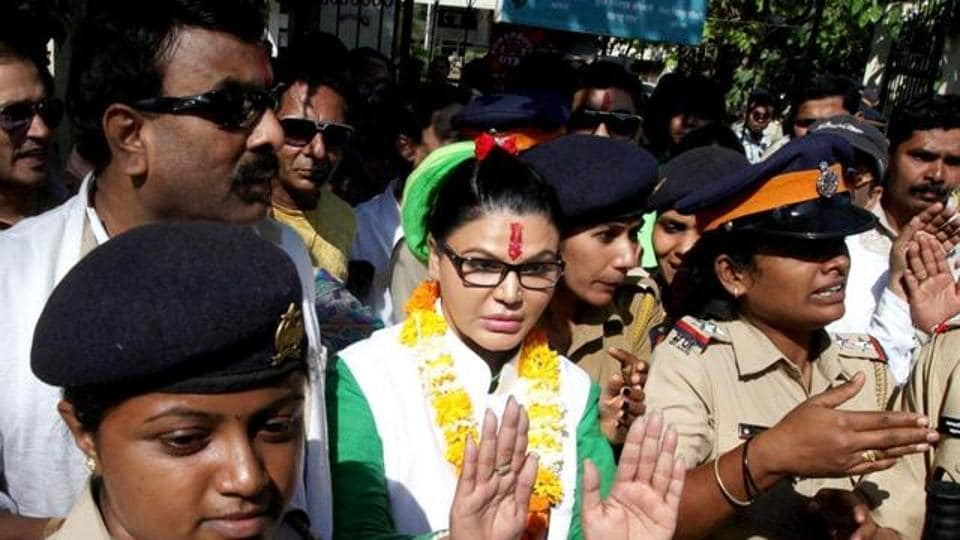Rakhi Sawant will campaign in Uttar Pradesh elections for Republican Party of India.