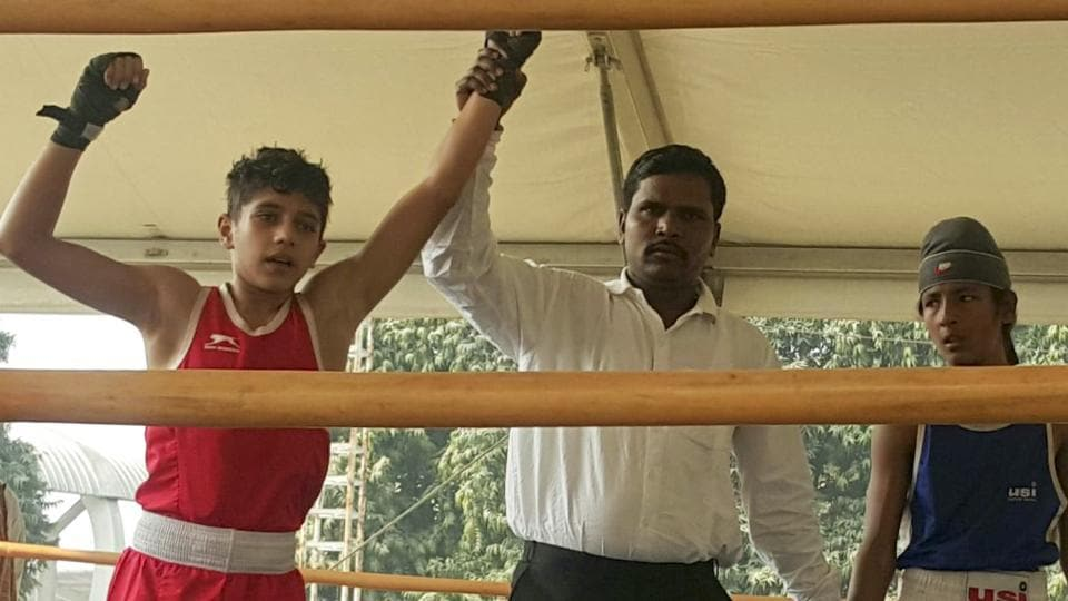 Yashwardhan Singh (in red)defeated last year's champion Monu Singh from Maharashtra in the quarter finals of the championship.