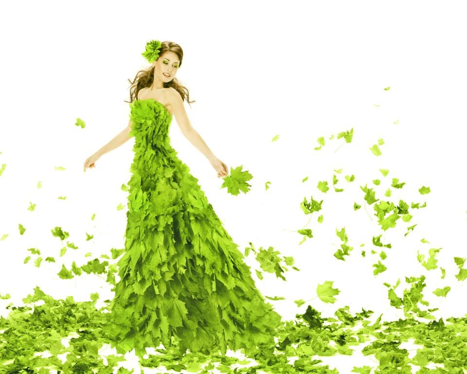 Greenery: Make A Fashionable Statement With The Colour Of