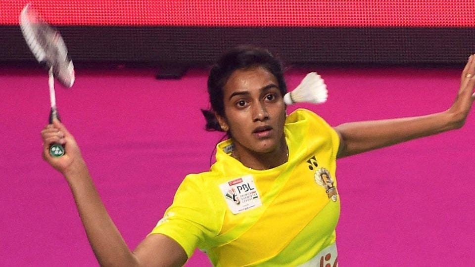 PV Sindhu defeated Sung Ji Hyun  as Chennai Smashers entered the semi-final of the Premier Badminton League.