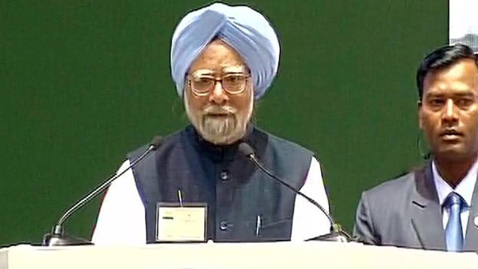 Former prime minister Manmohan Singh speaks at the Congress convention in New Delhi