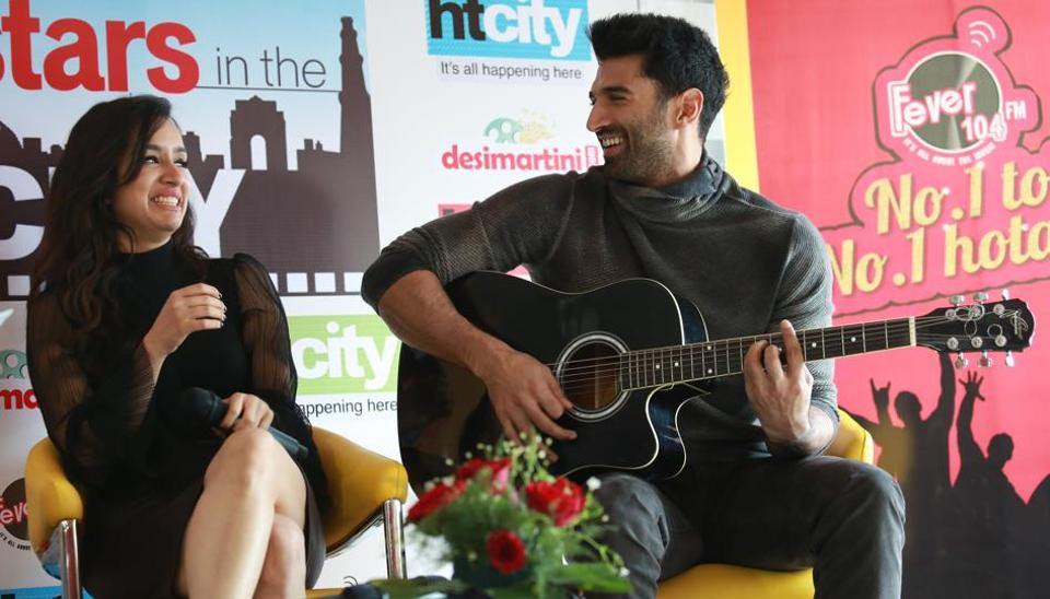 Aditya Roy Kapur crooned to the track Humma Humma while his co-star Shraddha Kapoor joined him. (amal ks/ht photo)