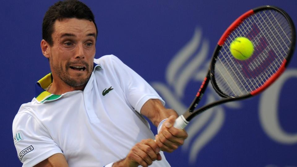 Defending champion Roberto Bautista-Agut of Spain has withdrawn from the ATP Auckland Classic without playing a match, citing a stomach virus.