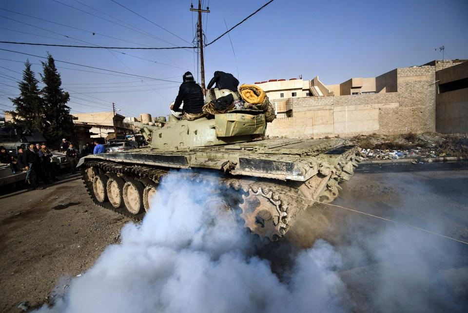 The U.S.-backed offensive to drive Islamic State out of Mosul, its last major Iraq stronghold, involves a 100,000-strong force of Iraqi troops, Kurdish fighters and Shi'ite militias.