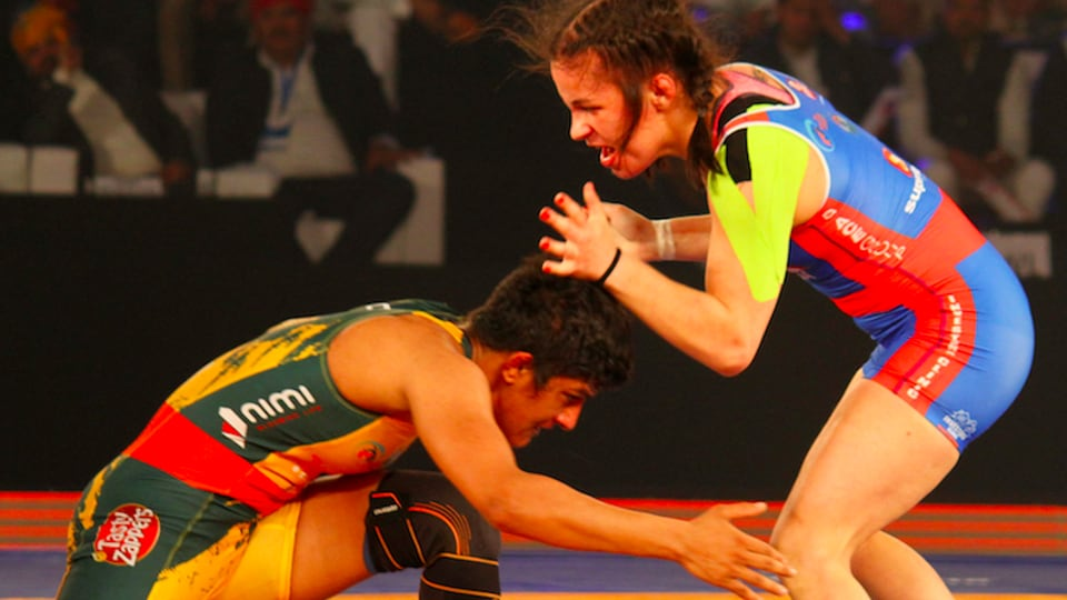 Jaipur Ninjas became the first team to qualify for the Pro Wrestling League semifinals after beating UP Dangal 4-3.