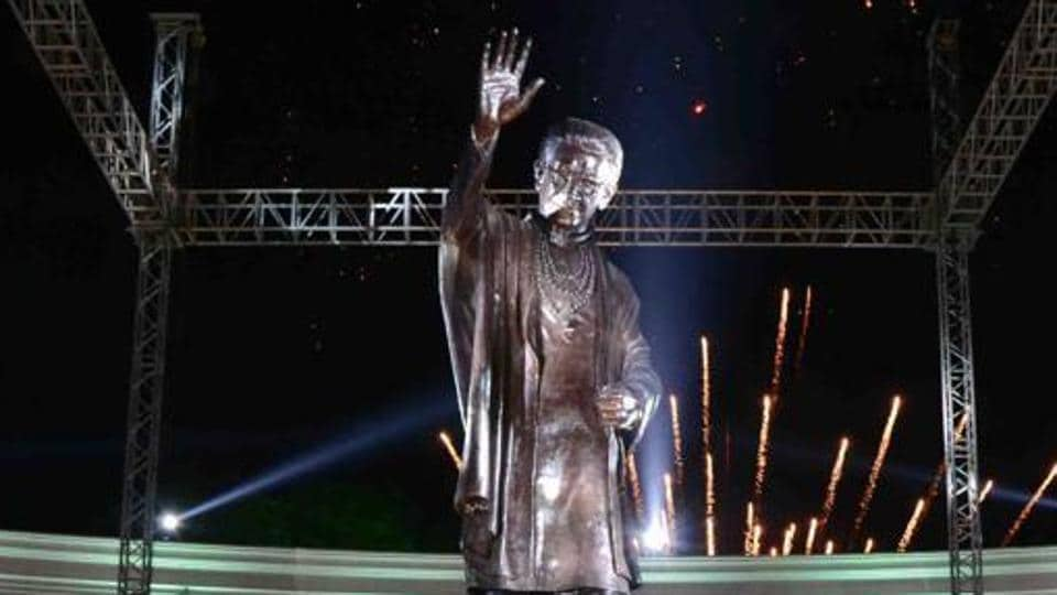 The 22foot statue of the late Sena chief Bal Thackeray that was inaugurated in Kalyan.