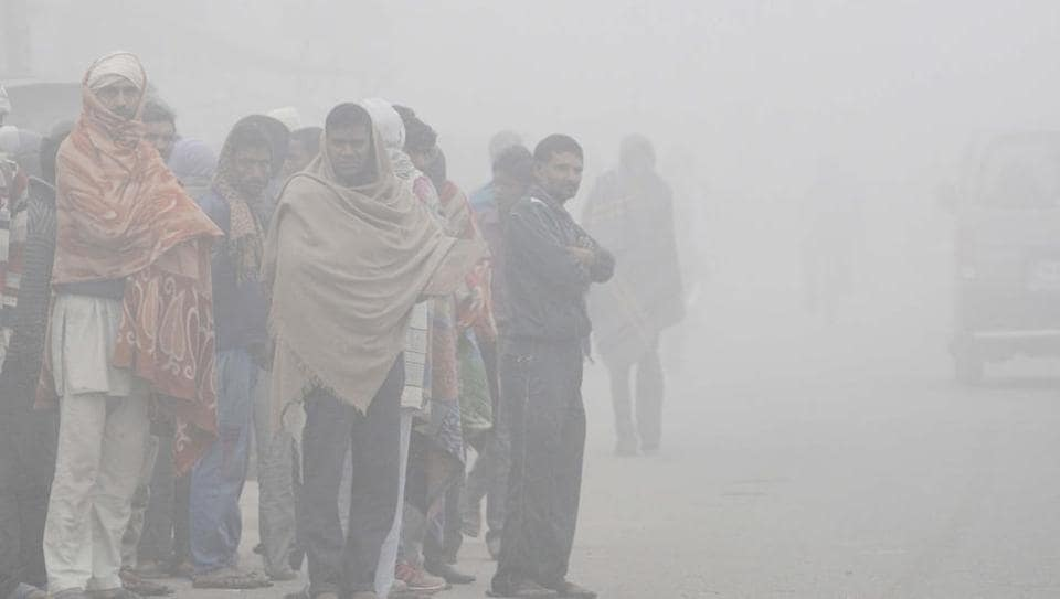 Delhi shivers at lowest minimum of season, records 4 C
