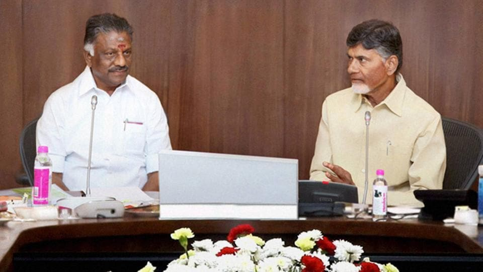 Tamil Nadu chief minister O Panneerselvam in a meeting with his Andhra Pradesh counterpart Chandrababu Naidu in Vijayawada on Thursday.