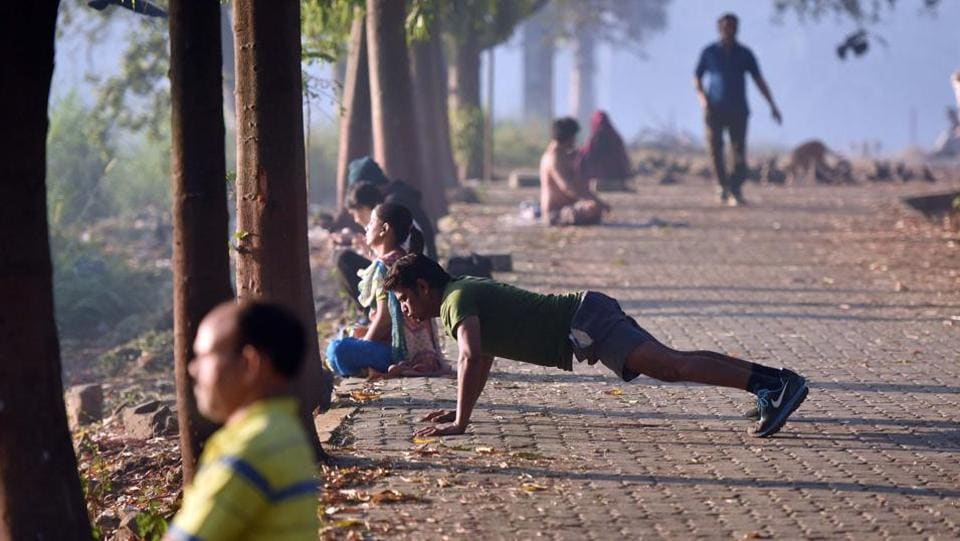 People excercise at Aarey Colony. (Pratham Gokhale/HT PHOTO)