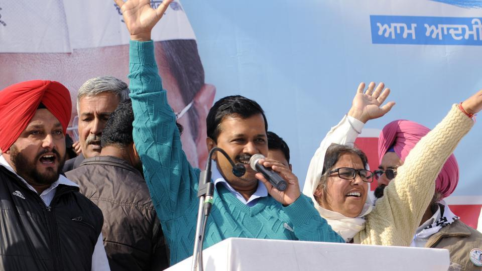 AAP party chief Arvind Kejriwal addressing a rally at Badshapur village in Patiala.