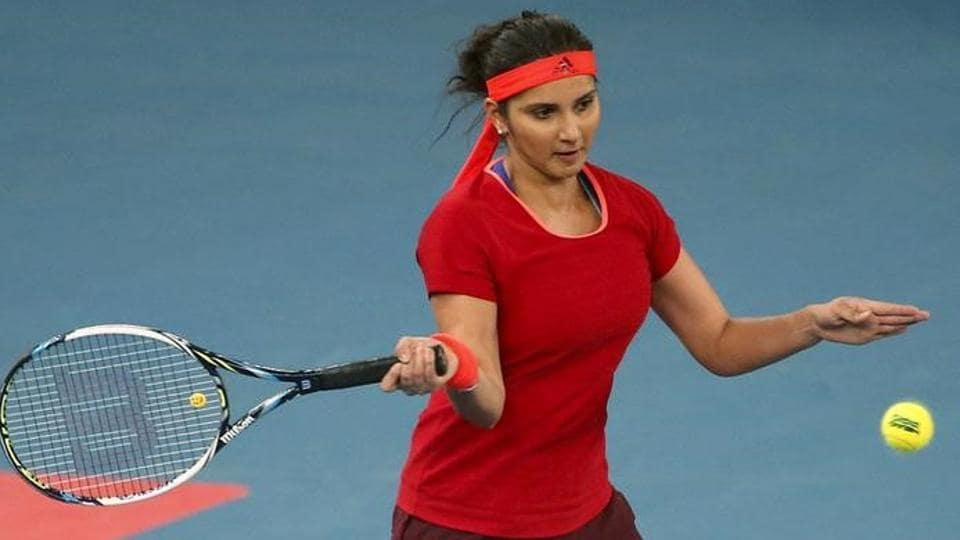 Sania Mirza, who was playing her second straight WTA final of the year, and partner Barbora Strycova lost in straight sets in the Sydney International title clash.