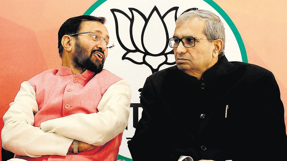 Javadekar said that the Congress, during its rule, had made residents wait in queues for essential commodities.