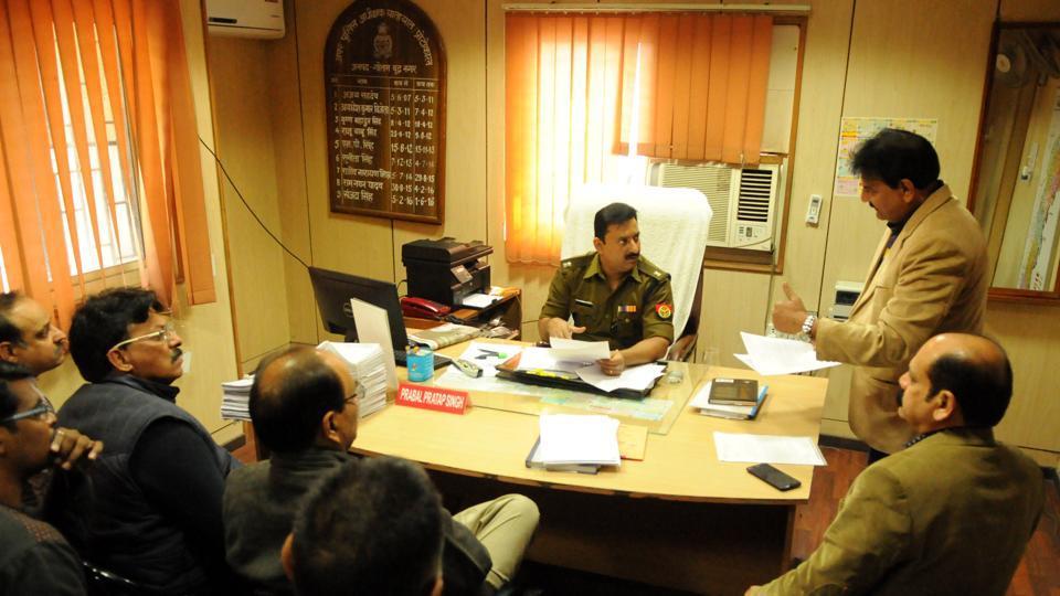 Sector 50,Noida,Traffic police