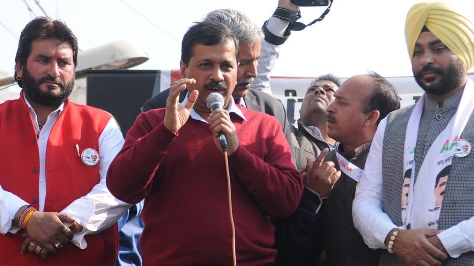 Arvind KEjriwal,Sukhbir Badal,Parkash Singh BAdal