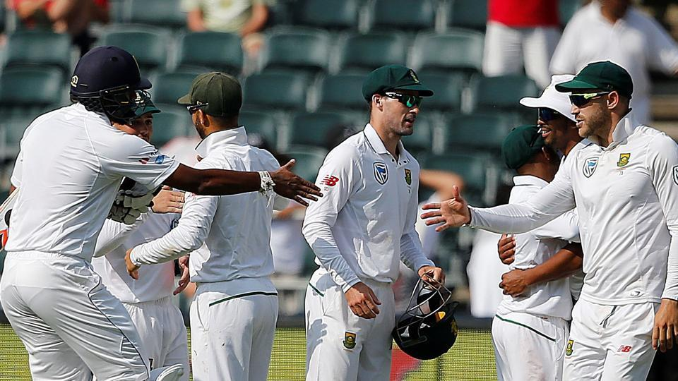 South Africa crushed Sri Lanka by an innings and 118 runs to secure a 3-0 whitewash in the Test series.