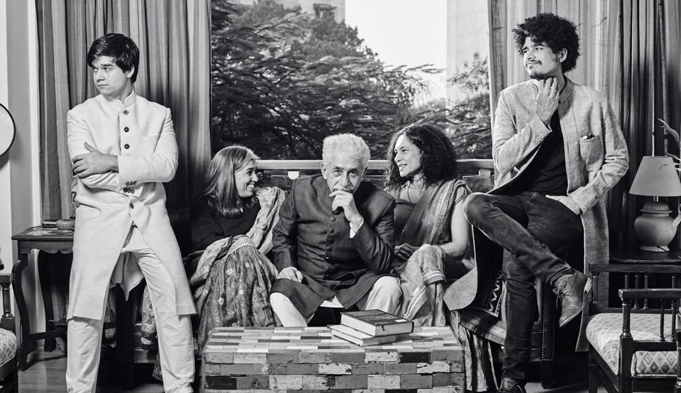 (From left) Vivaan, Ratna, Naseer, Heeba and Imaad Shah  (Prabhat Shetty)