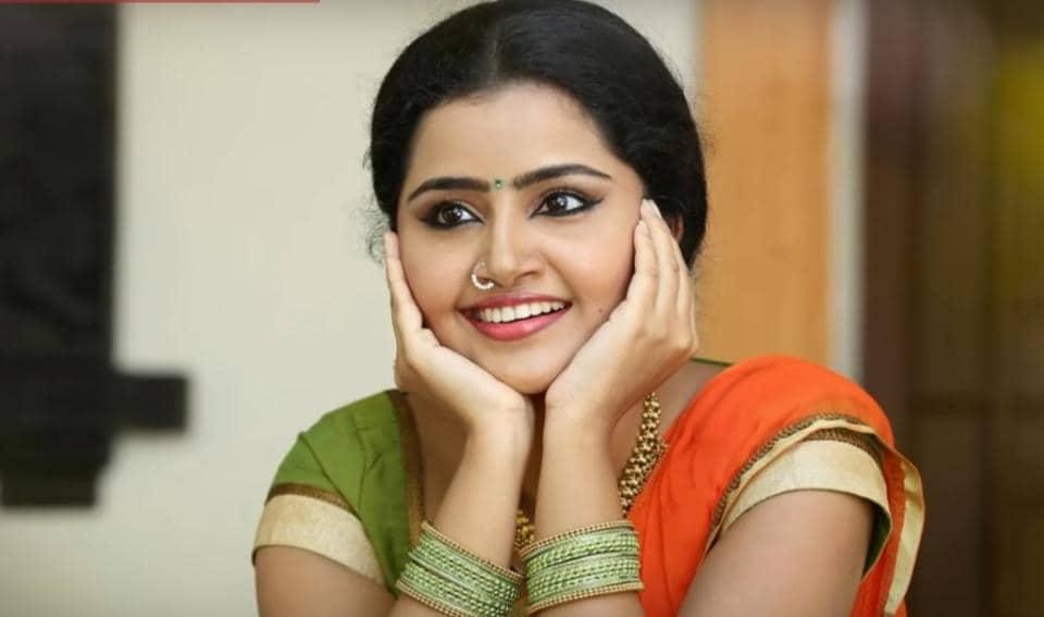 Premam Girl Anupama Parameswaran S Next Telugu Film With