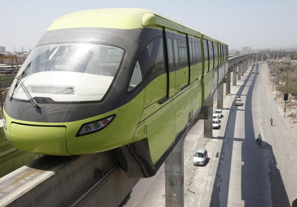Currently, the MMRDA pays the operator Rs3,131 for every trip that the monorail makes. This includes maintenance of the entire fleet.