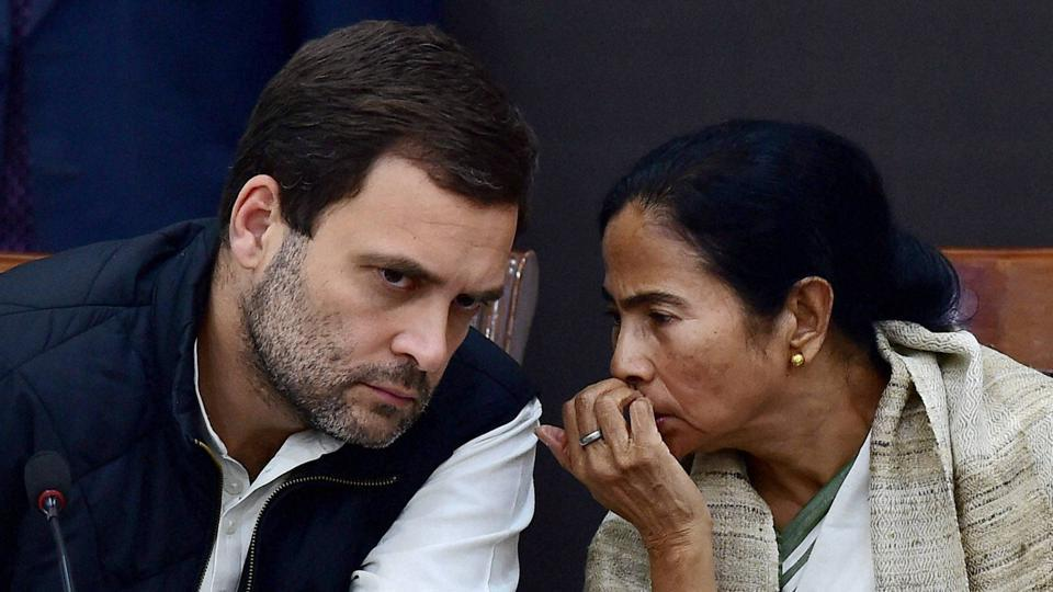 Congress vice-president Rahul Gandhi and West Bengal chief minister Mamata Banerjee during their joint press conference on demonetization issue in New Delhi.