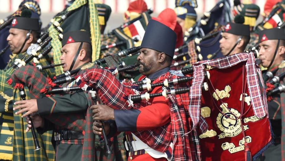 Army bands performs during  the 'Army Day parade' at Delhi Cantt in New Delhi on Sunday. (Arvind Yadav/HT PHOTO)
