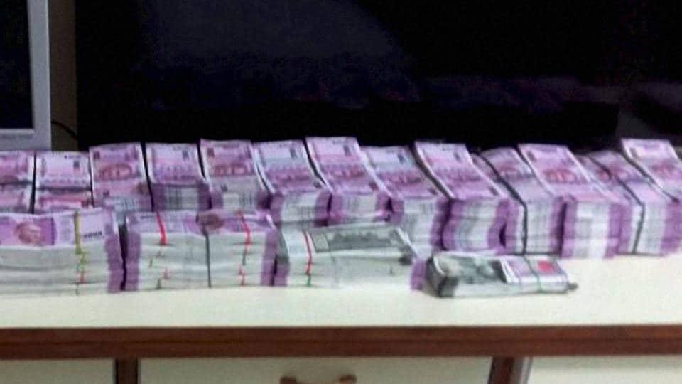 Cash crunch,Demonetisation,Currency ban