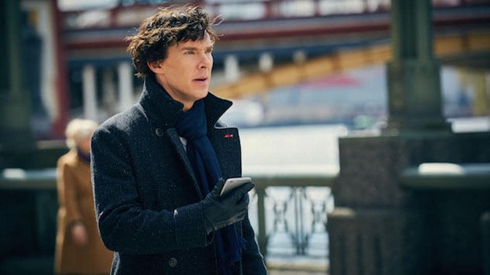 Bosses behind the hit show starring Benedict Cumberbatch, have warned viewers not to watch the illegal copy or share it on the web, the Sun reports.