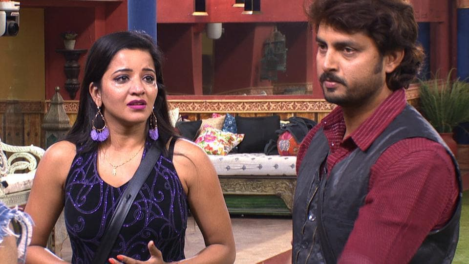 Monalisa got emotional when Vikrant Singh Rajput visited her sometime back on the show